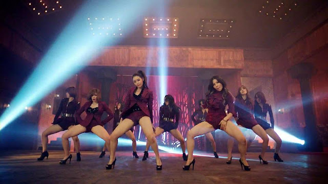 kpop girl group hip thrusting