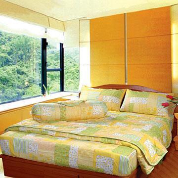 6 beautiful bed sheet designs pillow decorating ideas for Bed sheet decoration ideas