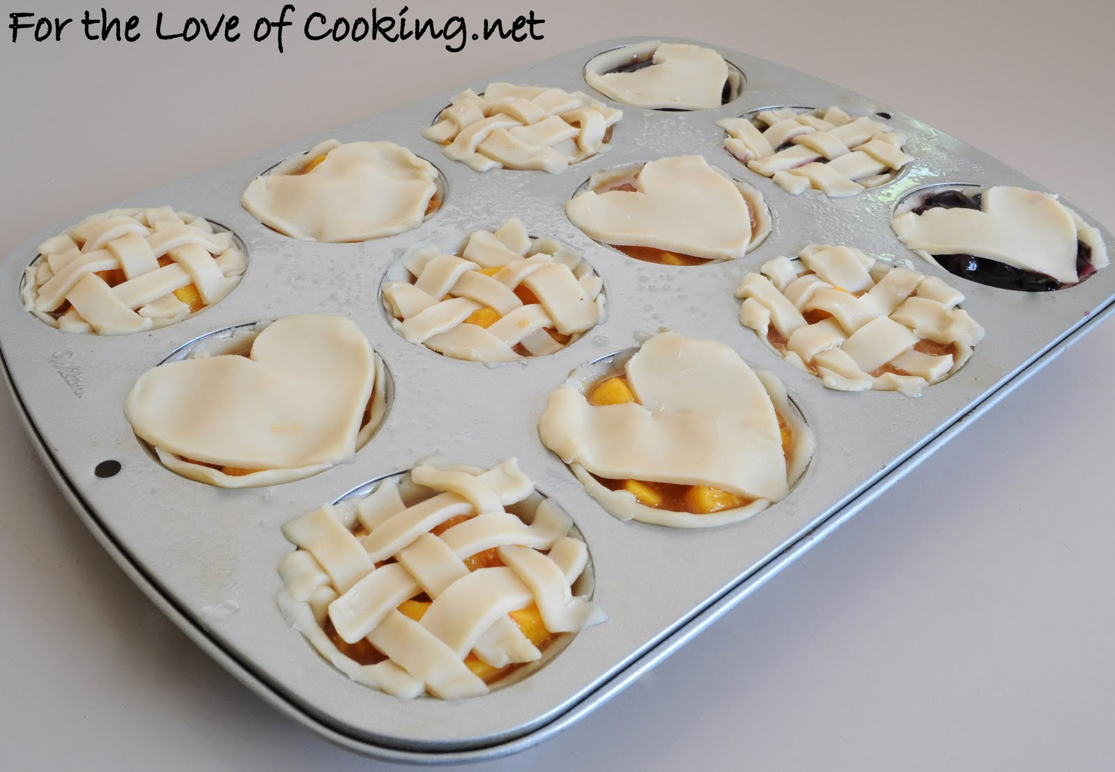 Mini Peach Pies | For the Love of Cooking