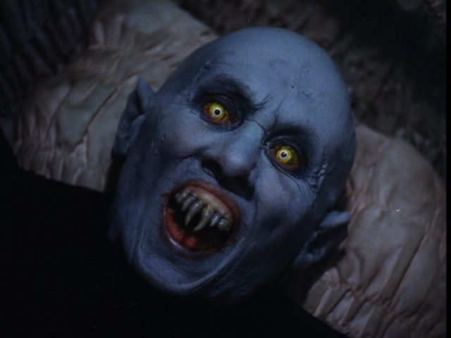 『死霊伝説』 : 最恐はダレ?ホラーやスリラー映画の個性的なマスクや顔のキャラクター - NAV
