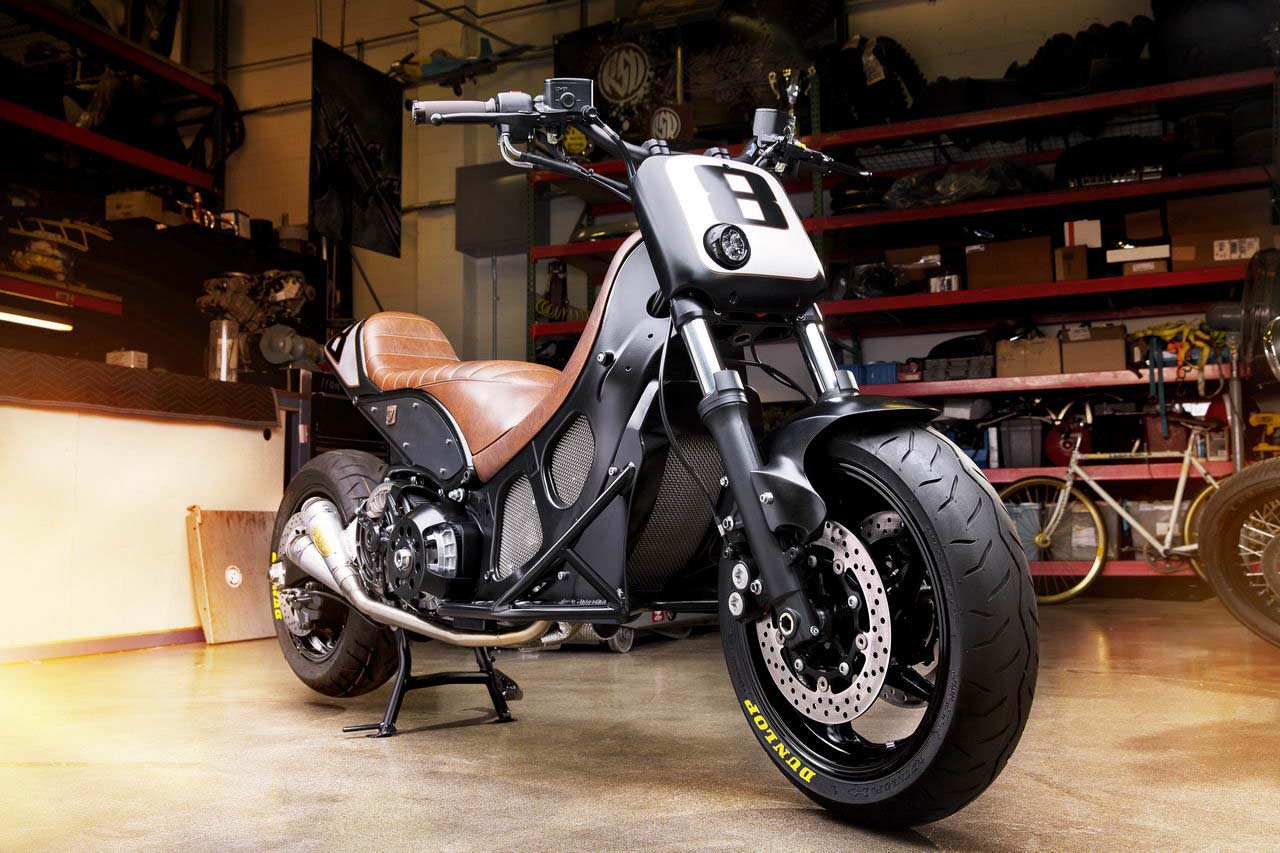 rsd hyper modified yamaha tmax return of the cafe racers. Black Bedroom Furniture Sets. Home Design Ideas