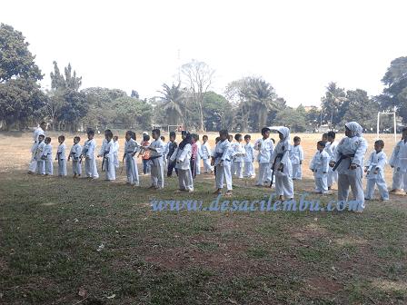Karate Kid di Lapangan Jalan Heulang - Bogor - Jawa Barat
