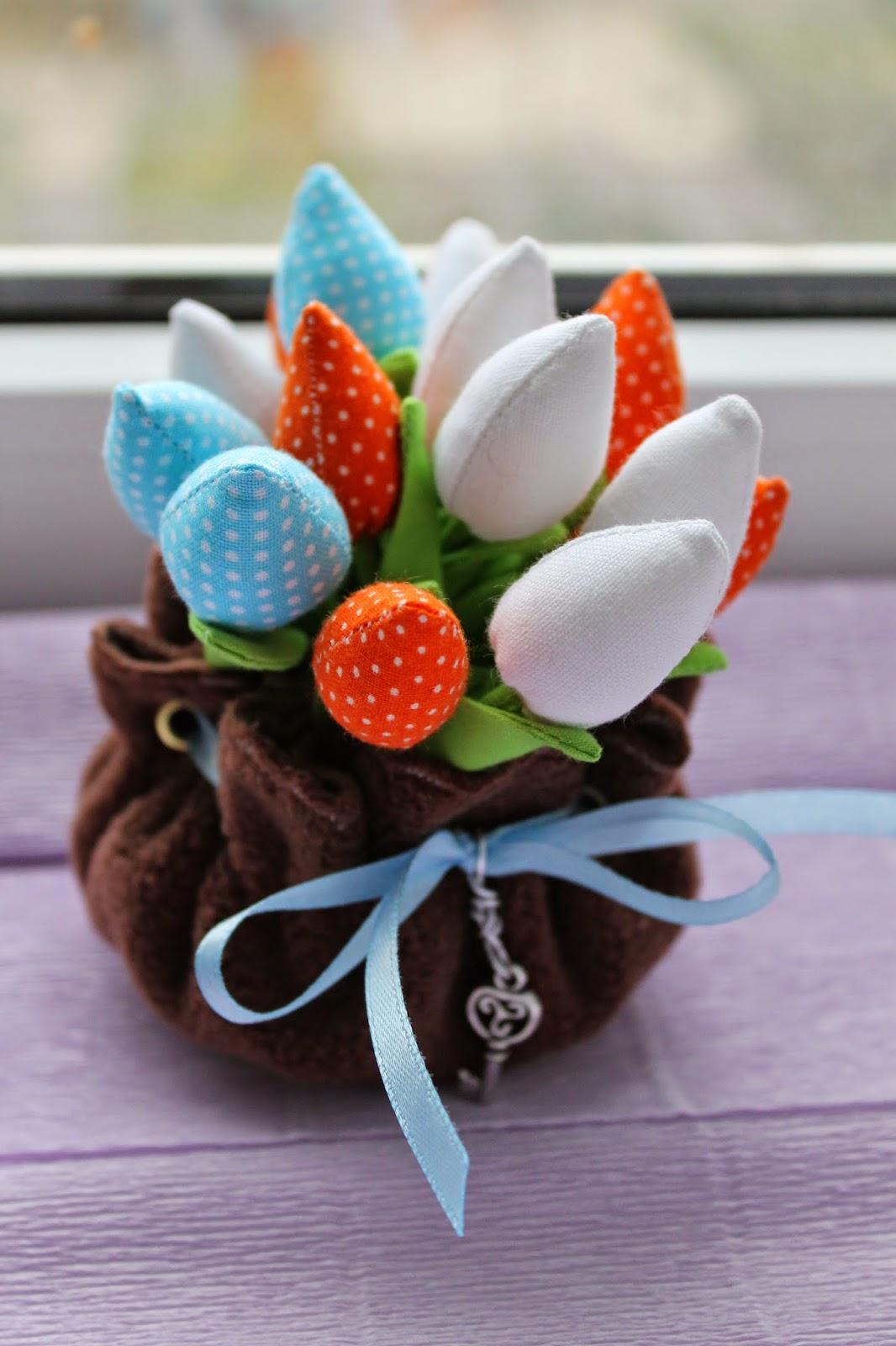 букет тюльпанов, букет цветов, цветы из ткани, подарок на 8 марта, подарок на день рождения, подарок к Пасхе