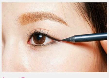 cách trang điểm đơn giản cho đôi mắt