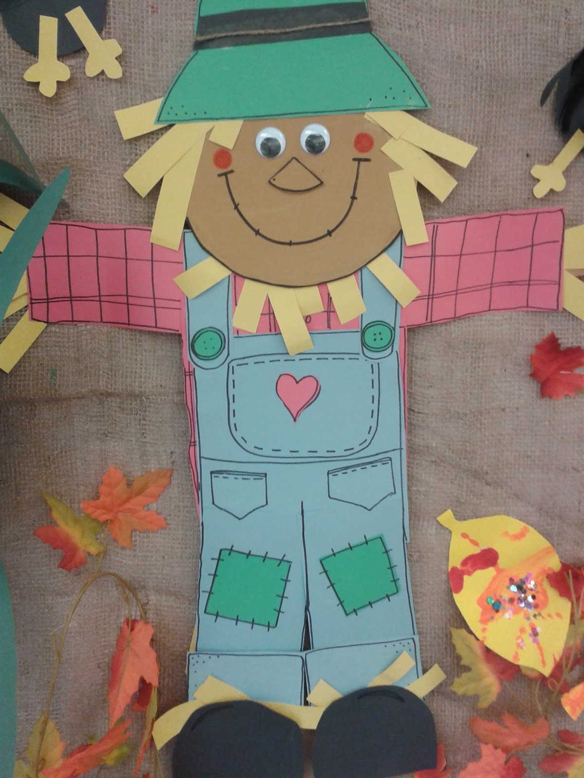 Teach Easy Resources: Fall Bulletin Board Idea and Free Crow Template
