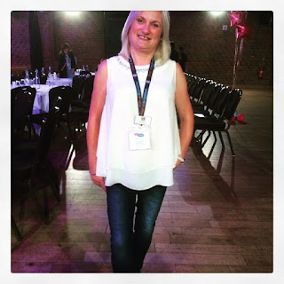 George by Asda jeans and blouse at #Britmumslive