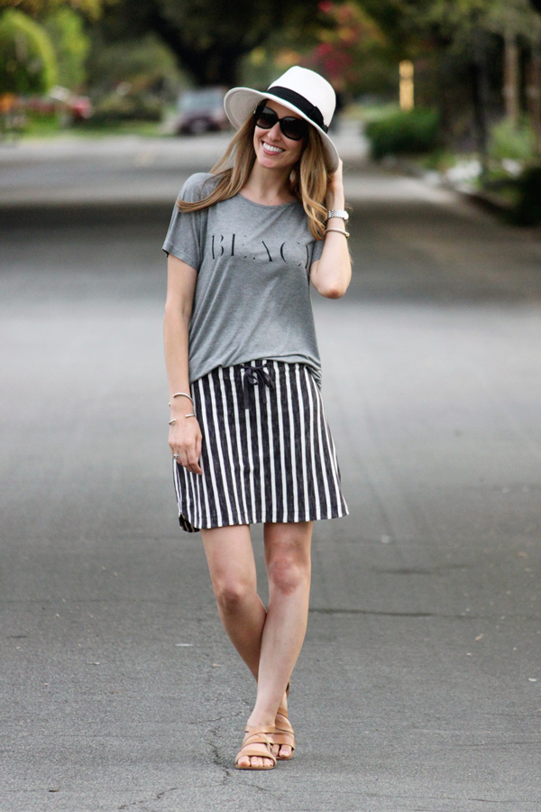 Madewell Beach tee, Gap striped skirt & Panama hat