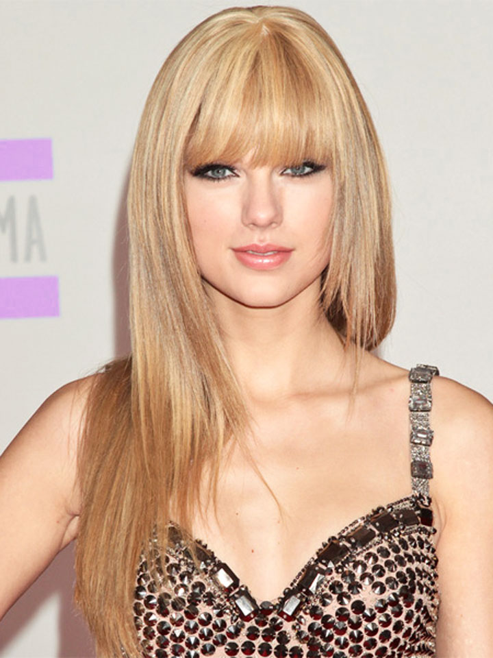 The Teach Zone Taylor Swift Gets Bangs In A New Haircut