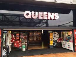 Queens-recreativos-selecciona-personal