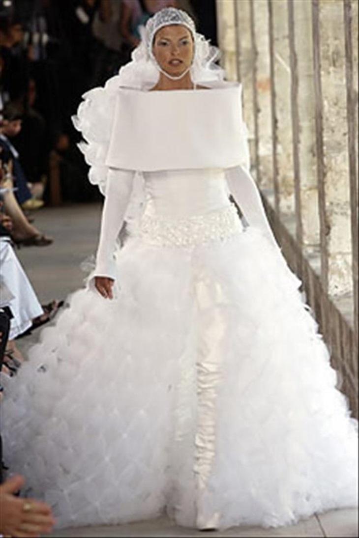 Unusual Wedding Dresses (22 photos)