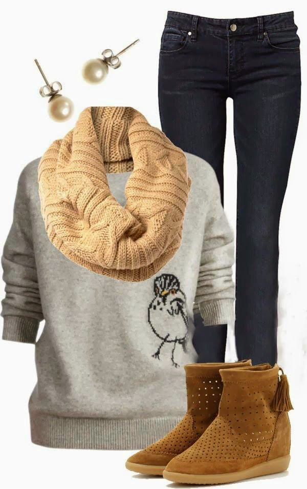 Product Features Every girl loves a big, slouchy, oh-so-comfy knit!This one hits the spot!