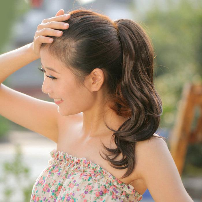 Cewek Cewek Cantik dengal Model Gaya Rambut Panjang