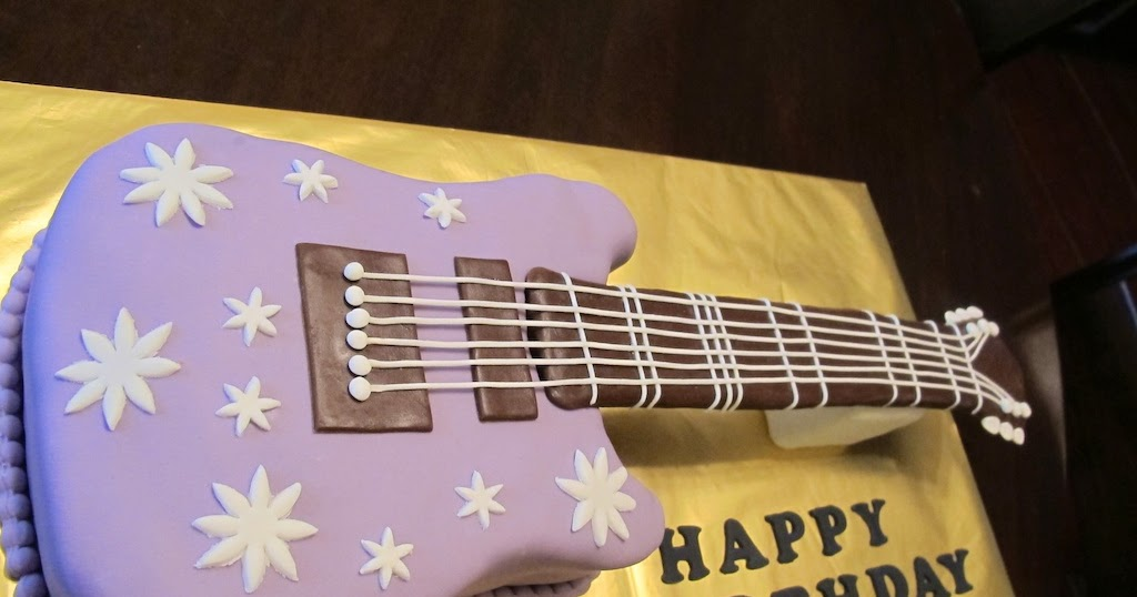 Professional Cake Decorating Course Uk : Pink Oven Cakes and Cookies: Guitar Cake