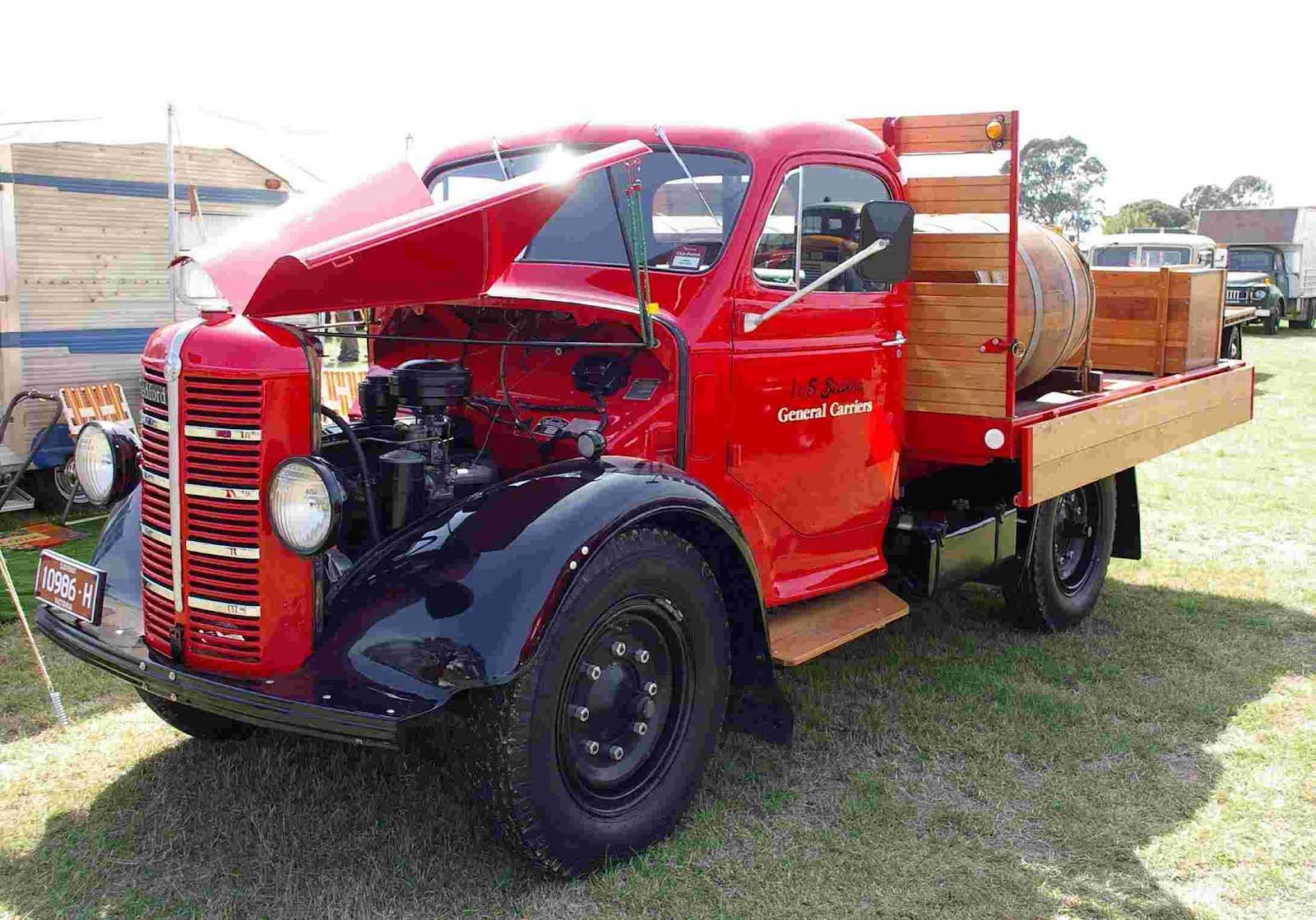 Historic Trucks: April 2012