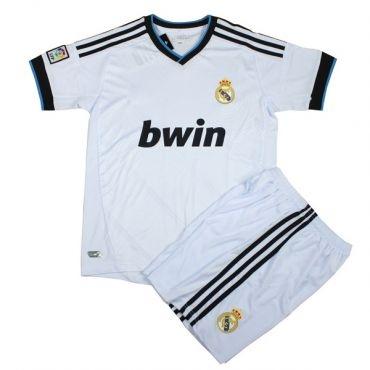 Terima Kasih Kamu Sudah Melihat Koleksi   Kostum Real Madrid Terbaru