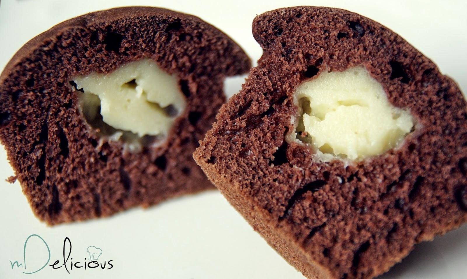 muffinki czekoladowe, muffinki z budyniem, muffiny z budyniem, muffiny czekoladowe z budyniem, babeczki z budyniem, babeczki czekoladowe z budyniem