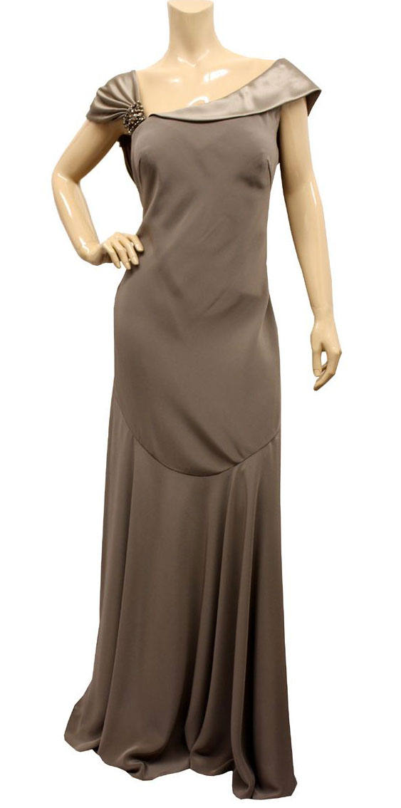 Women Dressing Guide: Pretty Evening Gowns
