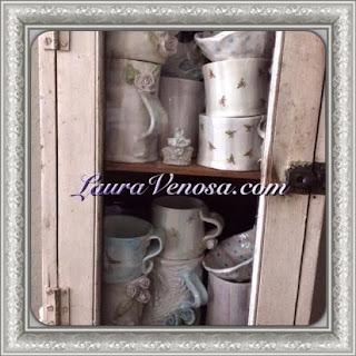 www.lauravenosa.com
