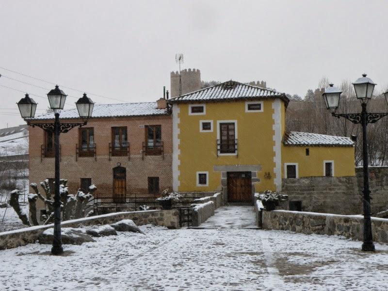 Restaurante el Molino de la Losa - Entrada nevada