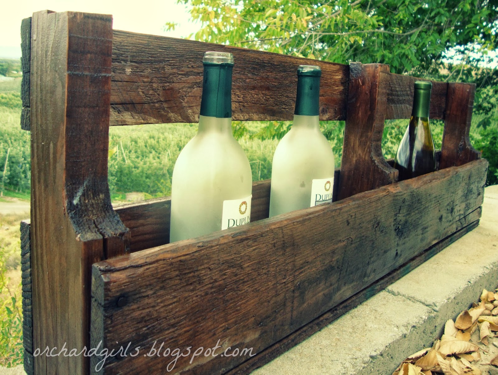 how to make wine rack made out of pallets