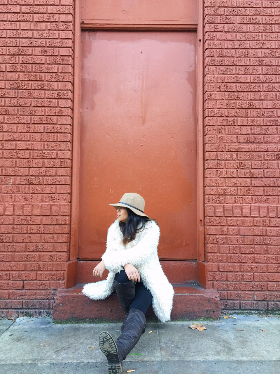 white shaggy faux fur coat, winter wear, outfit post, december 2015, ootd, neutrals, knee high boots, portland fashion blogger, lifestyle blogger, oregon blogger