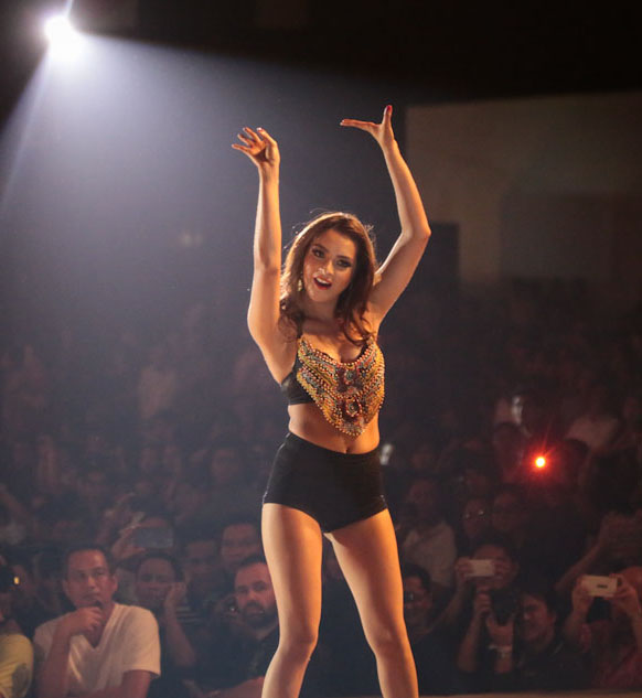 ryza cenon at fhm philippines 100 sexiest 2013 victory party hot and sexy pics