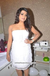 Tashu Kaushik hot white miniskirt stills