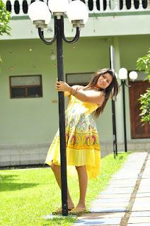 Kavisha Ayeshani yellow
