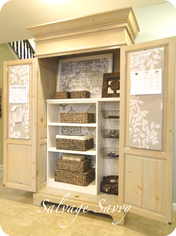 crafty scrappy happy features from last weeks link party and my favorite commercial that. Black Bedroom Furniture Sets. Home Design Ideas