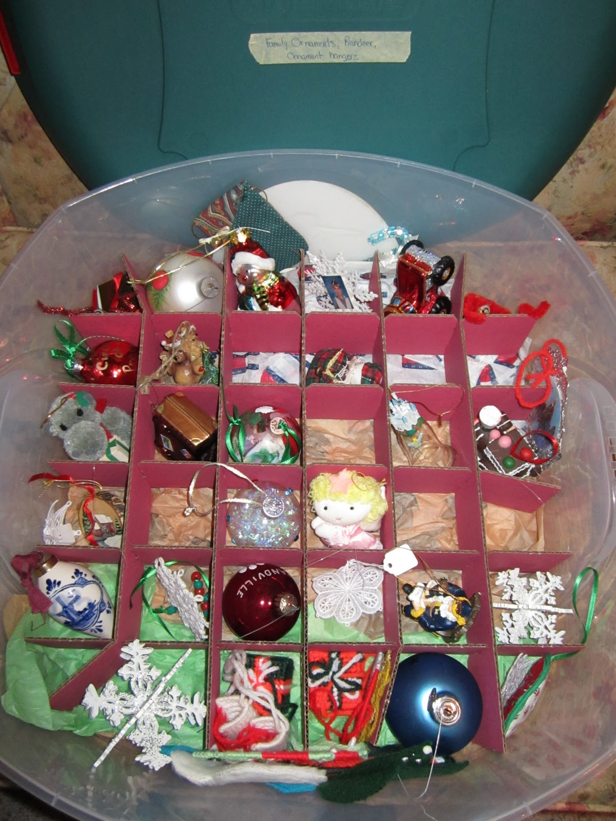 Individual ornament boxes - This Container Holds Two Layers Of Ornaments With A Large Piece Of Cardboard In Between I Only Use The Dividers For The Bottom Layer Since I Have A