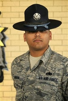 How can i become a U.S airforce officer?