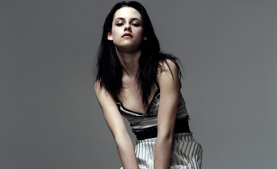 Kristen Stewart height weight measurements