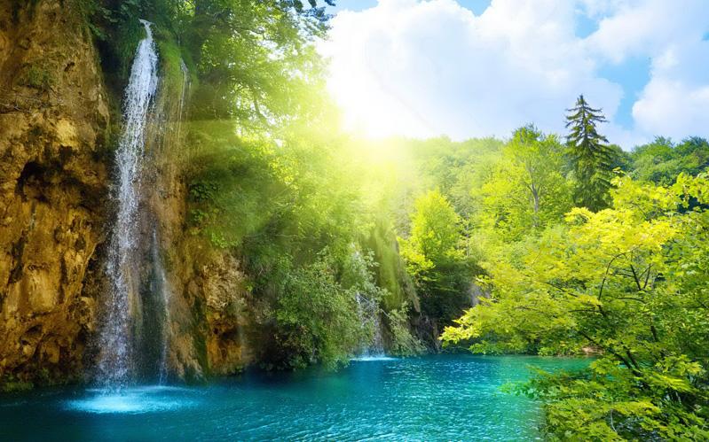 lugar lindo que parece um paraiso com cachoeiras e agua como piscina
