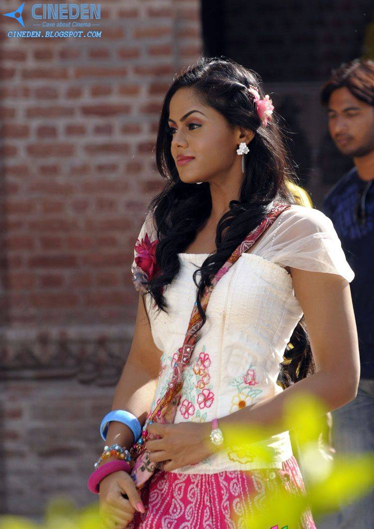 Karthika Nair Cute and Sexy Hot Stills from Tamil Movie Ko