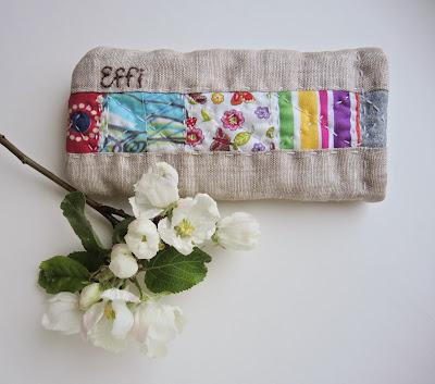 patchwork.jpg, quilt.jpg, лоскутное шитье, лоскутное шитье для начинающих, шитье из лоскутков, лоскутное шитье красиво, лоскутное шитье фото, лоскутная техника, шитье для начинающих, техника пэчворк, пэчворк для начинающих, квилтинг, пэчворк подушки, аппликация, хлопок , джинс, patchwork, quilt, pillowcase, pillow case for glasses.jpg, eyeglass case.jpg, spectacle case.jpg, очешник, чехол для очков, чехол своими руками, футляр для очков, чехол футляр, футляр для очков своими руками, футляр для солнечных очков, case for glasses, eyeglass case, spectacle case, хлопок, ручная стежка, лен, вышивка имени, подпись работы