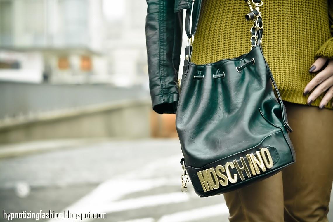 handbag moschino