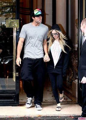 Avril Lavigne Boyfriend