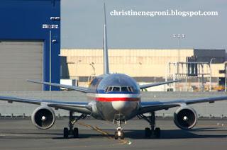American+Airlines+airplane.JPG