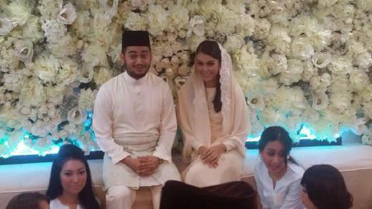 Sharifah Sakinah dan Aliff Adha selamat bertunang 2 Gambar