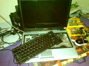 Replacing the keyboard on the Toshiba Satellite L310 laptop