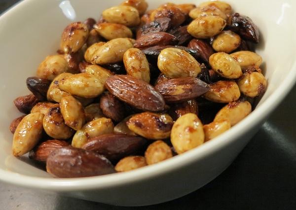 paahdetut pähkinät