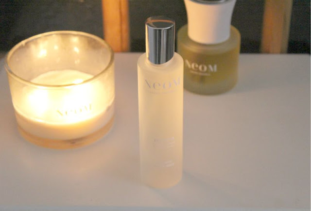 Neom Refresh Organic Room Spray Review