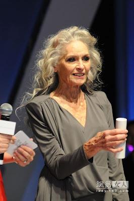 80歲名模 Daphne Selfe