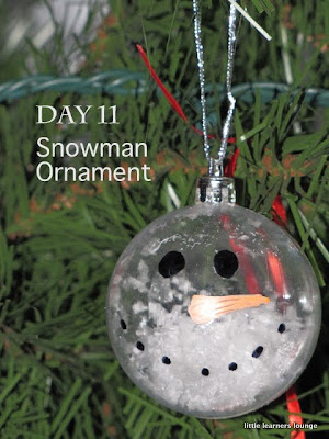 Little learners lounge craft a day 39 til christmas day 11 for Clear ornament snowman craft