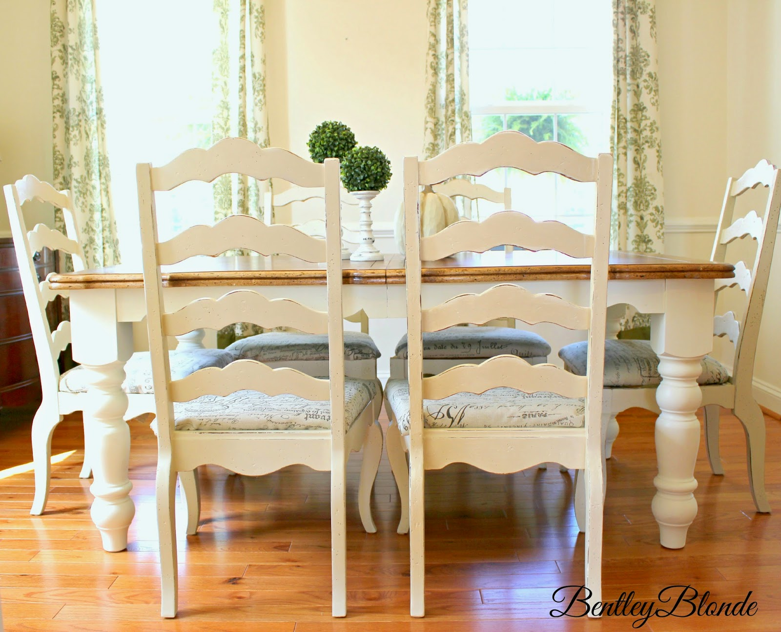 BentleyBlonde DIY Farmhouse Table & Dining Set Makeover with