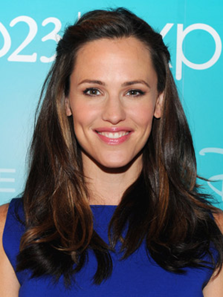 Jennifer Garner Fresh Brunette Hairstyles
