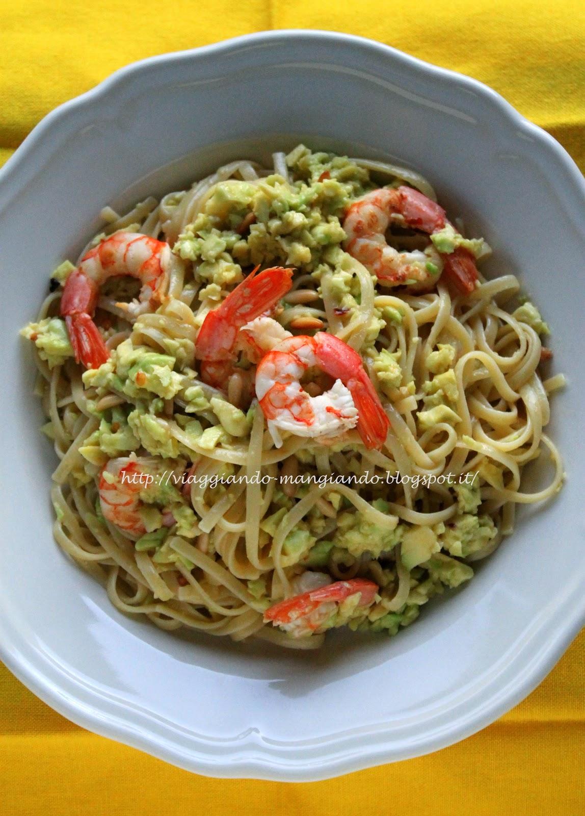 Ricette pasta gamberi e avocado