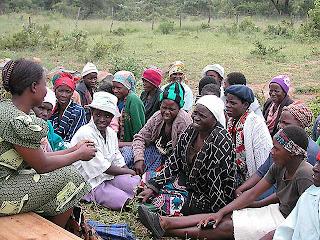 Wanita Zimbabwe Didenda Bila Berteriak Saat Melahirkan