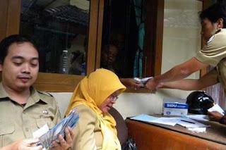 http://jobsinpt.blogspot.com/2012/04/menpan-rb-tunjangan-pns-sebanding.html