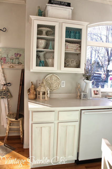 Kitchen Chandelier Over Table Shabby Chic